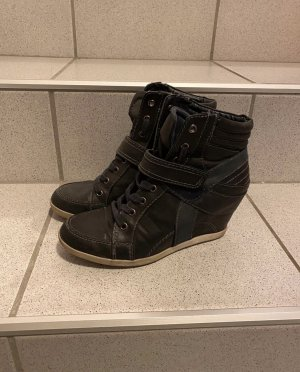Deichmann Heel Sneakers black
