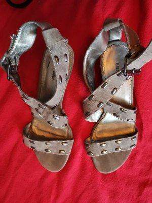 Graceland Zapatos de cuña gris