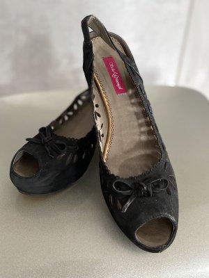 Schu(h)tzengel Sandały na platformie czarny Skóra
