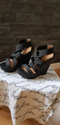 Chinese Laundry Wedge Sandals black