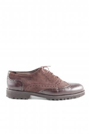 Wingtip Shoes brown business style
