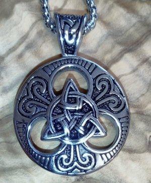 Keltisches Knotenmuster Amulett aus 316L Edelst. gefertigt