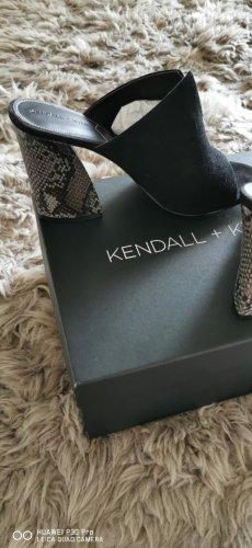 Kendall +Kylie Pantolette