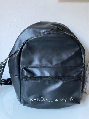 Kendall + Kylie  nero-bianco