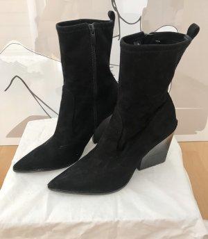Kendall + Kylie Botas elásticas negro