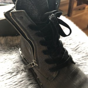 Kennel & Schmenger Lace-up Booties black leather