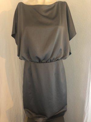 Kenneth Cole Kleid Seidenkleid