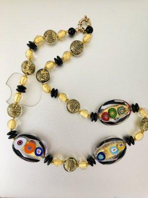 Naszyjnik z perłami czarny-złoto