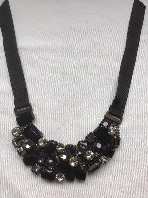 Collier incrusté de pierres noir