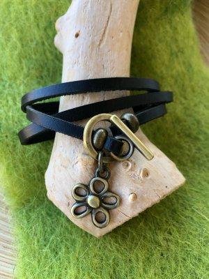 Kette Armband Kombiprodukt echt Leder schwarz Blüte 2,1x2,5cm Länge 57 cm