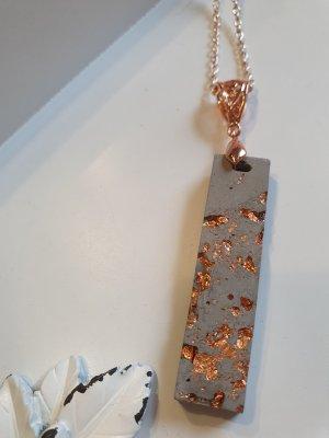 Łańcuch w kolorze różowego złota-szary