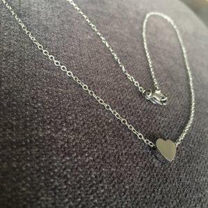 Kette mini Herz silber aus Edelstahl