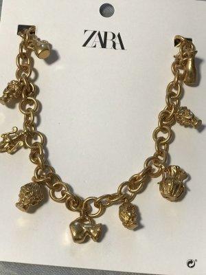 Kette mit Figuren  in Zara