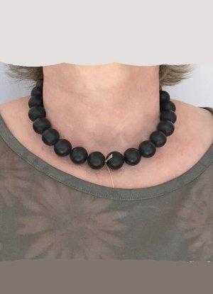 Kette mit großen schwarzen Onyx-Perlen, ca. 44 cm lang