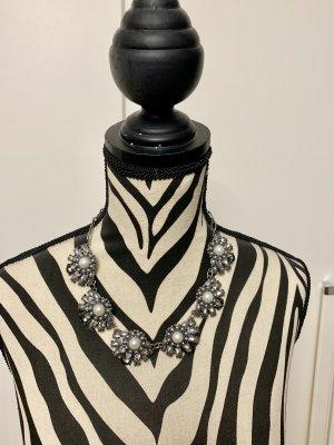 Kette mit Perlen - Modeschuck