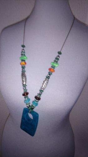 Kette- türkies- blau- grün- oragnsch- silbern- Modeschmuck