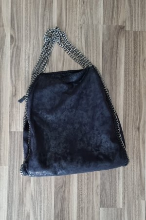 Kettentasche schwarz glänzend