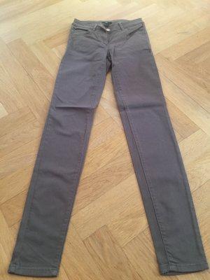 Khaki farbene Jeans