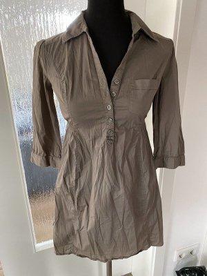 Khaki farbenes Kleid von H&M Mama, Gr. S
