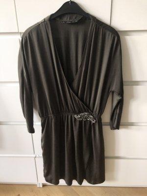 khaki farbenes Kleid von Zara L/M