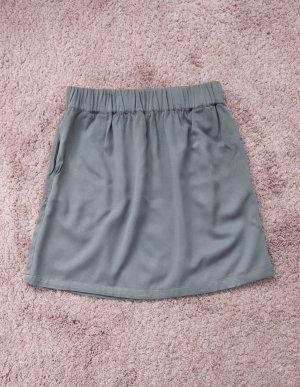 Khaki grün grauer Rock von American Vintage Größe M