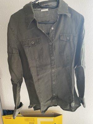 Khaki Hemd mit Knopfleiste