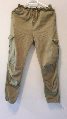 Missguided Spodnie khaki oliwkowy-khaki