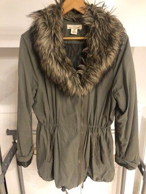 H&M Chaqueta de invierno gris verdoso-caqui