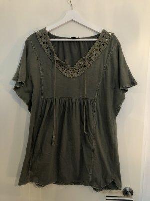 Khaki Kleid mit Details