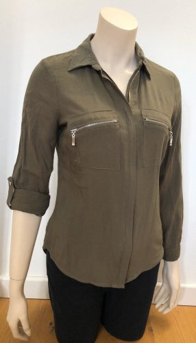 Khakifarbende Bluse