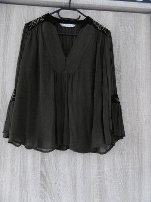 Khakifarbene Bluse von Zara