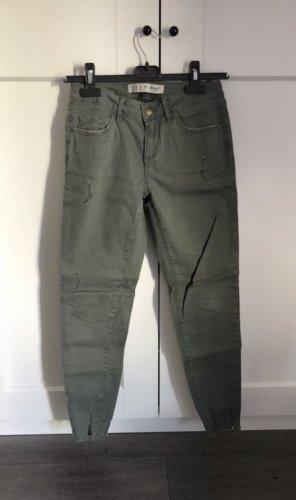 Khakifarbene Hose