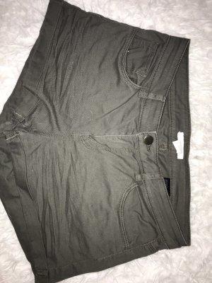 H&M Pantalón corto de tela vaquera caqui-gris verdoso