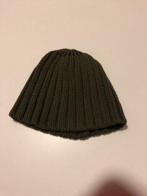 Khakifarbene Mütze