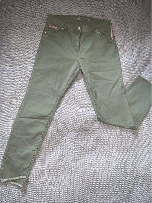 Gina Benotti Spodnie khaki khaki