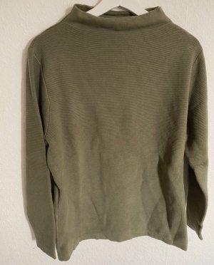 Khakifarbener Pullover mit Kaminkragen