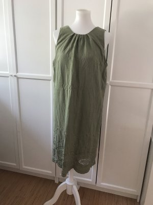 Khakifarbenes Kleid Leinen
