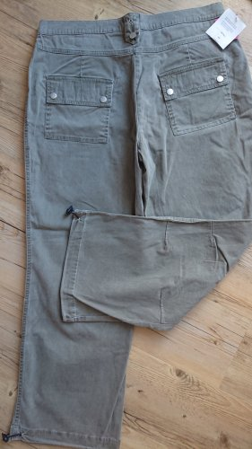 Pantalón de color caqui caqui