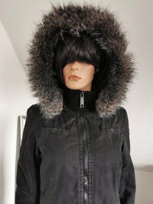 Khujo Mantel / Parker im Urban Style mit Kapuze mit Fake Fur (Gr. S)