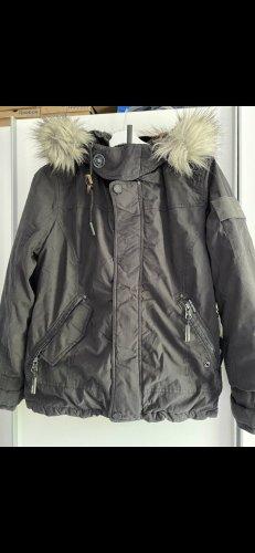 KHUJO Winterjacke Gr M (L) 38 Jacke Taliba Neu mit Etikett schwarz