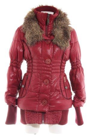 Khujo Chaqueta de invierno rojo estampado acolchado look casual