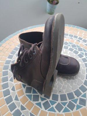 Botas bajas marrón oscuro