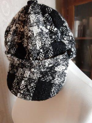 KIK Schirmmütze schwarz- weiß Casual-Look