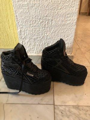 Killstar Platform Booties black