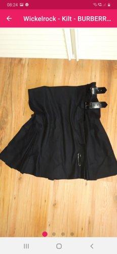 Burberry Wraparound Skirt black