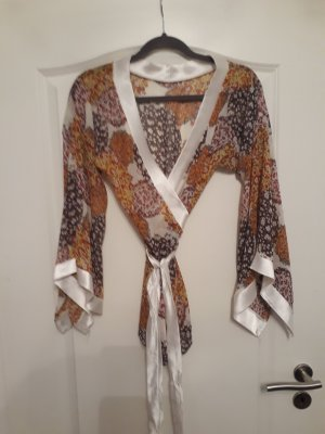 Kimono-Bluse zum binden