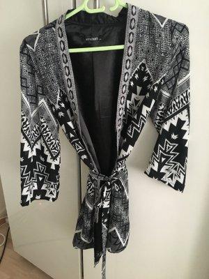 Kimono white-black