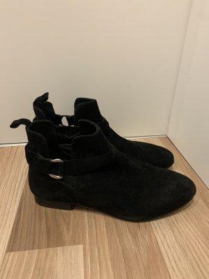 KIOMI Ankle Boots black