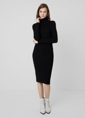 Kiomi - Eng anliegendes Kleid mit Rollkragen in Schwarz