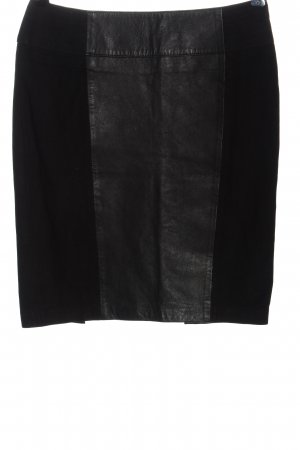 Kiomi Leather Skirt black casual look